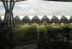 Аэропорт Бангкока стремиться достичь мировых стандартов - Zagrannik.org