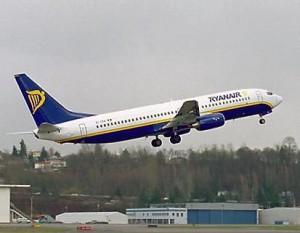 «Ryanair» делает ставку на заядлых курильщиков - Zagrannik.org