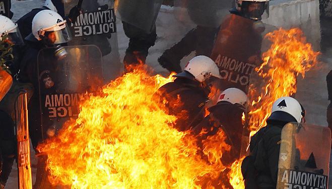 Массовые беспорядки в Афинах