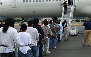 deportacje-samolot